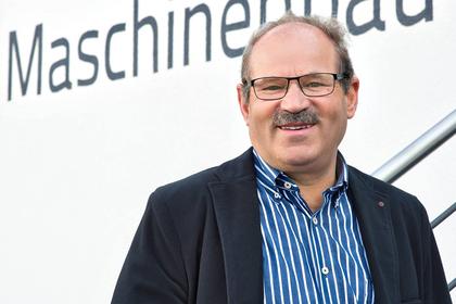 Heinrich Baumgärtner, Kontakt für Kunden. Tel: 09089 9697-??