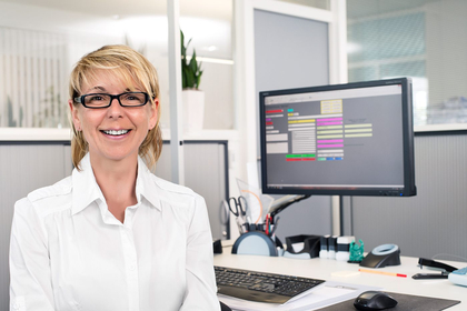 Sonja Förg, Kontakt für Arbeits-Vorbereitung, Logistik und Terminüberwachung, Tel: 09089 9697-??
