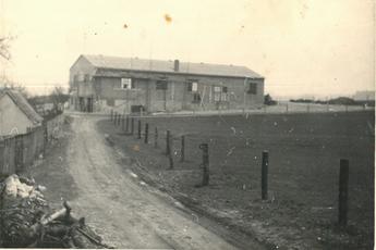 Bau der 1. Produktionshalle, 1964