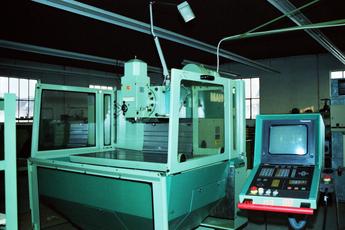 Erste CNC-Maschine, 1988